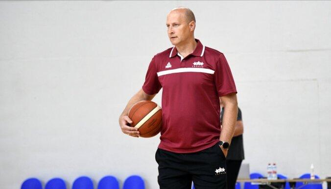 Štelmahers par basketbola izlases spēli pret Grieķiju: gribam spēlēt ātri
