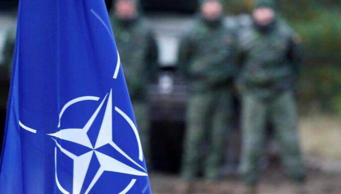 У несущего в Латвии службу солдата НАТО констатирован Covid-19