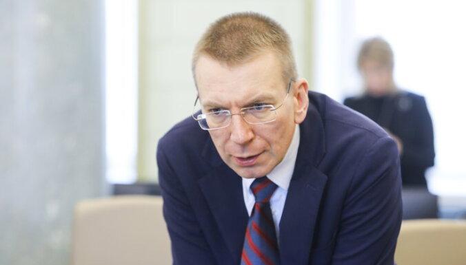 Ринкевич: за нарушение самоизоляции визы и виды на жительства нужно аннулировать