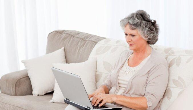 sieviete pensija ome dators
