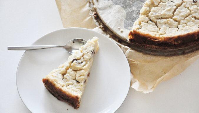 Vegāniskā siera kūka