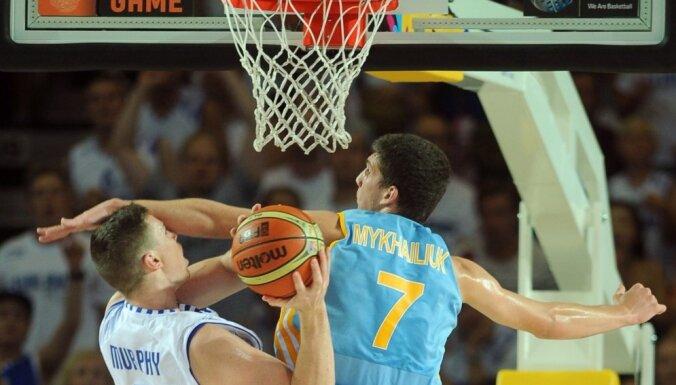 ВИДЕО. На ЧМ по баскетболу Украина одолела Турцию, Литва спасовала перед Австралией