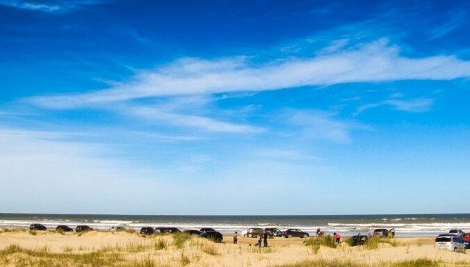 СМИ: в Испании эвакуировали пляж из-за возможного взрывного устройства в море