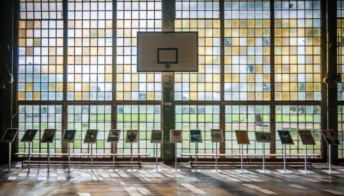 Foto: Kā mūsdienās izskatās savulaik grandiozais 'nacistu spēļu' olimpiskais ciemats