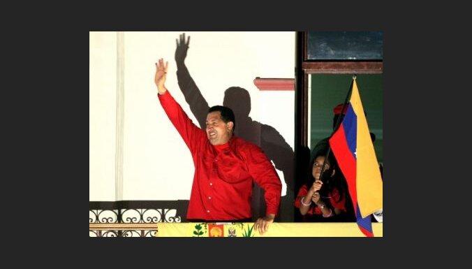 Čavess brīdina Kolumbiju par prettriecienu