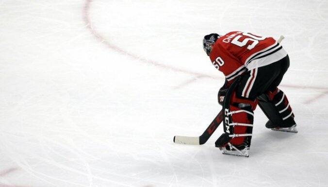 'Blackhawks' vārtsargs Krofords atzīts par NHL aizvadītās nedēļas spožāko zvaigzni