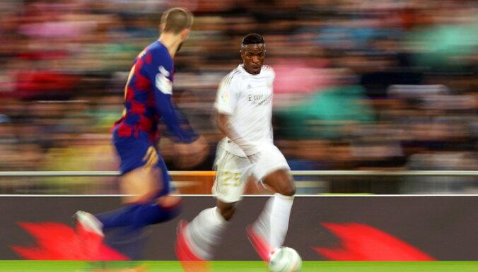 'Real' 'el clasico' pārspēj 'Barcelona' komandu un atgūst līderpozīciju