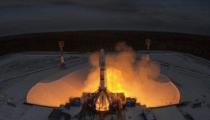"""При запуске """"Союза"""" с космодрома Восточный возник сбой: ракета с 19 спутниками упала в океан"""