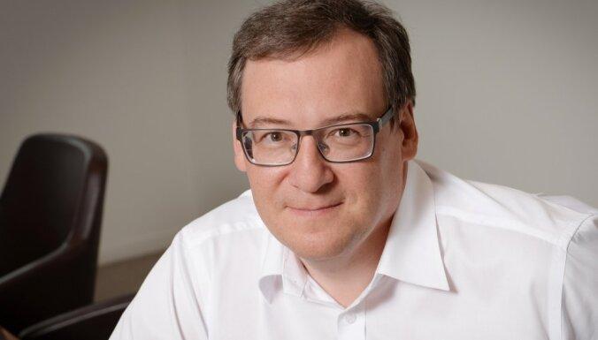 Deniss Pospelovs: Uzmanieties no kriptovalūtas