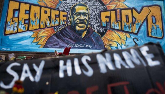 Погибший от действий полиции афроамериканец Флойд был заражен Covid-19