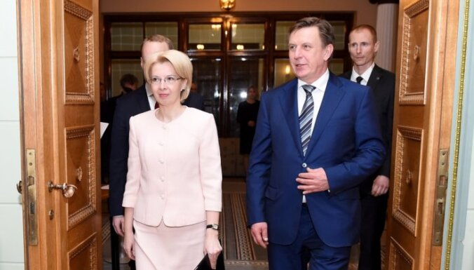 Foto: Māra Kučinska valdības pirmā sēde
