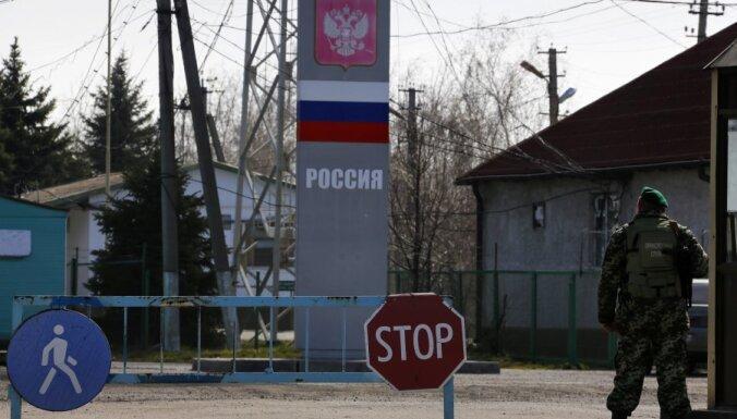 Krievija nosaka iebraukšanas aizliegumu 25 Lielbritānijas amatpersonām