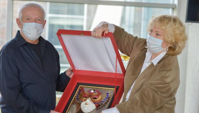 Палдиес и будьте здоровы! Российские актеры сыграют в подарок латвийским врачам и вопреки пандемии