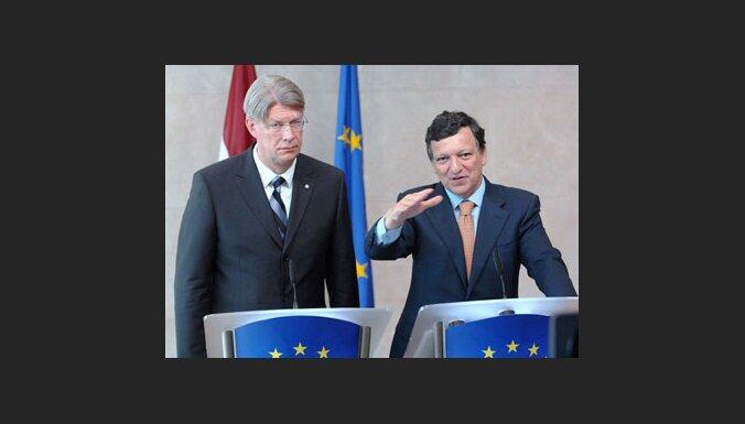 Президент Латвии зарабатывает в 7 раз меньше, чем Джордж Буш