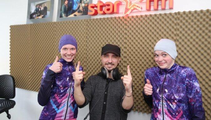 'Delfi' skriešanas duelī pārspēj 'Star FM', ieskandinot izaicinājuma spēli pirms 'Lattelecom' Rīgas maratona