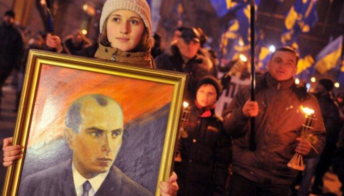 Kijevas mērijā atbalsta Maskavas prospekta pārdēvēšanu Banderas vārdā