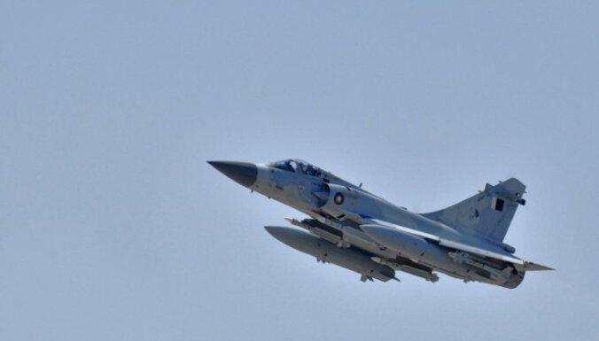 С четверга охранять небо Латвии будут французские летчики
