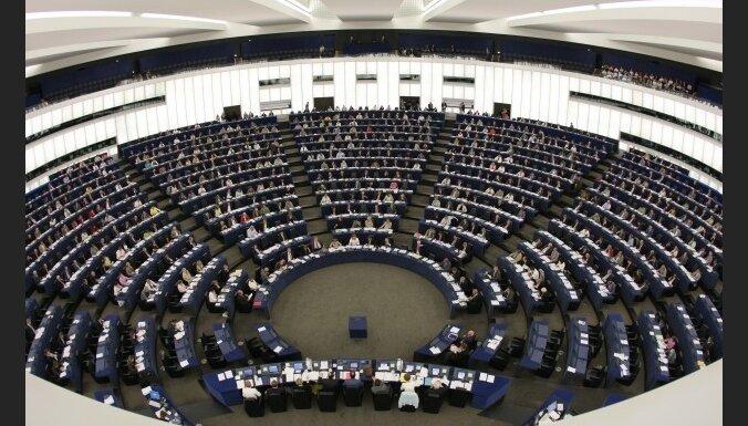 Кариньш первым выступил на дебатах в ЕП