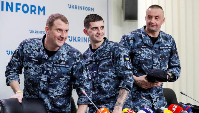 """""""Мы сделали то, что нужно"""". Украинские моряки о конфликте у Керченского пролива"""