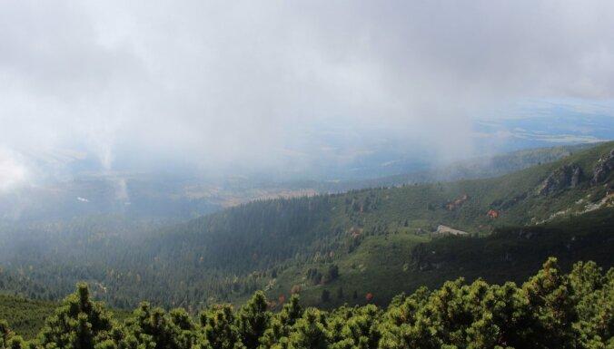 ЧП в Татрах: в горах спасена группа неопытных туристов из Латвии и Индии