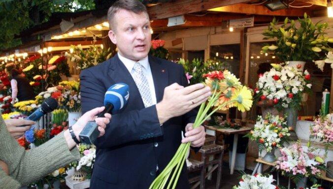 Шлесерс: Латвия может превратиться в Украину в миниатюре