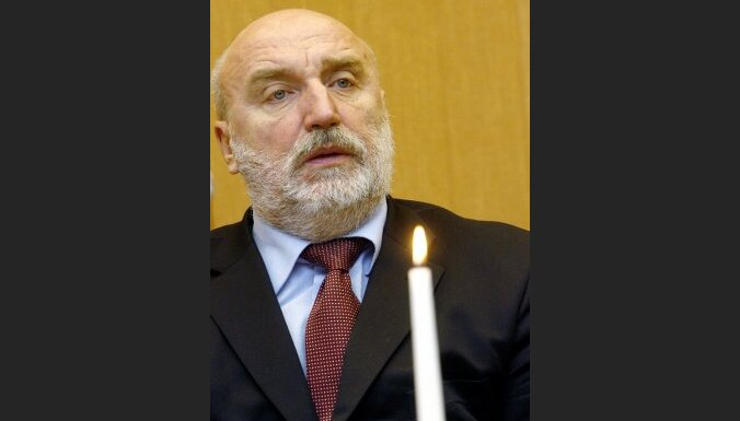 Zatlers par premjera amata kandidātu oficiāli nosauc Godmani