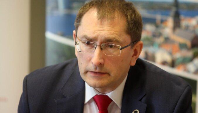 Линкайтс подозревает, что уволенным членам правления LDz начислили слишком большую компенсацию