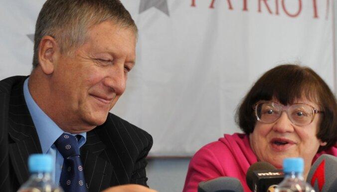 Новодворская: референдум — это операция, инициированная спецслужбами России