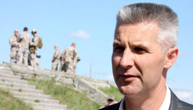 Пабрикс: Россия и впредь будет приглашать молодежь в военизированные лагеря