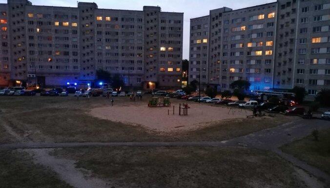 Sestdienas vakarā daudzdzīvokļu ēkā Jelgavā notikusi gāzes noplūde