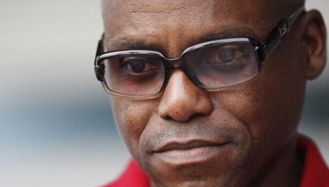 Leģendārais Karls Lūiss: IAAF prezidentam būtu jāatkāpjas