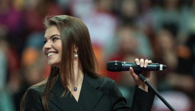 ФОТО: Алина Кабаева рассказала, как держать себя в форме