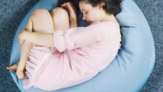 Kad menstruācijas un sāpes kontrolē dzīvi. Trīs stāsti par endometriozi