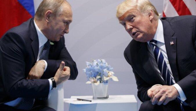Трамп по-прежнему хочет встретиться с Путиным, несмотря на введение новых санкций против России