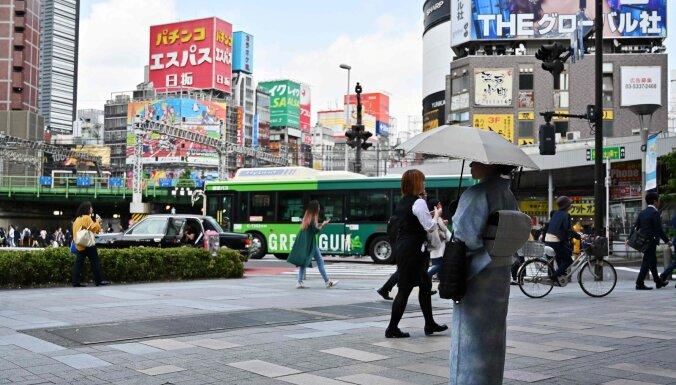 Covid-19: Japāna izsludinās ārkārtas stāvokli Tokijā un vēl trīs prefektūrās