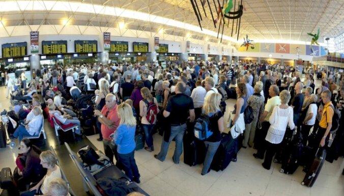 ES gatavojas paplašināt aviopasažieru tiesības