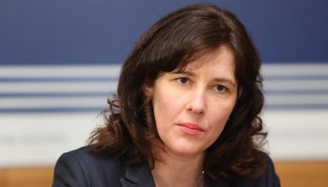 Премьер и министр финансов о реакции зарубежных СМИ: это действия Norvik banka против Латвии
