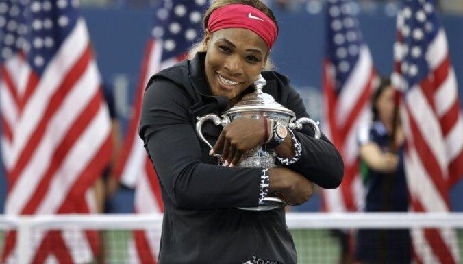 Serēna Viljamsa trešo gadu pēc kārtas triumfē 'US Open'