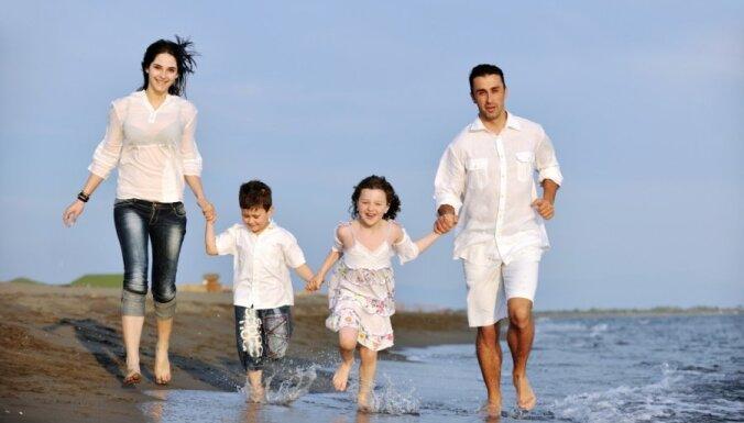 Vecāki, iespējams, varēs tikt pie papildu atvaļinājuma