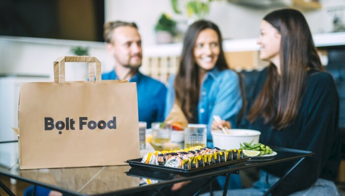 Bolt запустил в Таллинне услугу доставки еды; Рига - на очереди