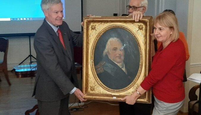 LLU saņēmusi unikālu dāvinājumu – Francijas karaļa Luija XVIII portretu