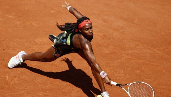 Gofa kļūst par 15 gadu laikā jaunāko 'Grand Slam' turnīra ceturtdaļfinālu sasniegušo tenisisti