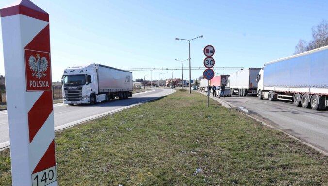 Польша восстановила транзитное движение иностранных граждан через свои границы