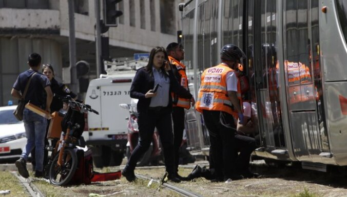 Палестинец зарезал британку в трамвае в Иерусалиме