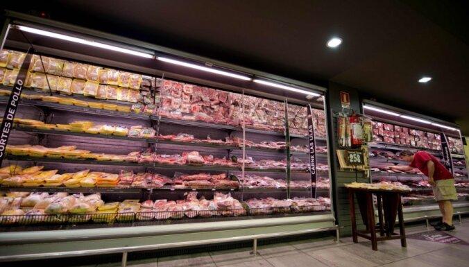 Zviedri apēduši 70 tonnu viltotas liellopu gaļas