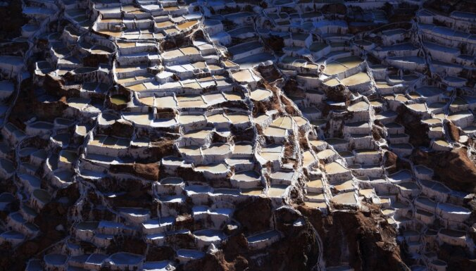 Gan funkcionāli, gan iespaidīgi: maģiskie sāls baseini Peru