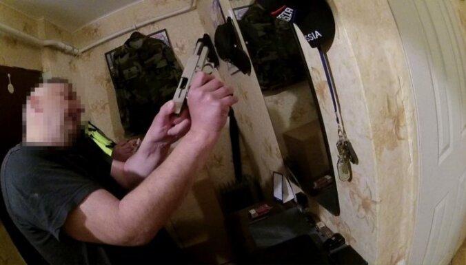 Иманта: возмутитель спокойствия встретил полицию с оружием