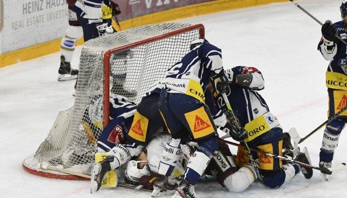 Smona un Smirnova pārstāvētā 'Servette' zaudē Šveices čempionāta fināla pirmajā spēlē