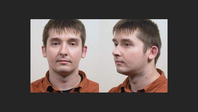 Nīderlandē tiesājamajam pedofilam no Latvijas Miķelsonam prokuratūra pieprasa 20 gadu ieslodzījumu