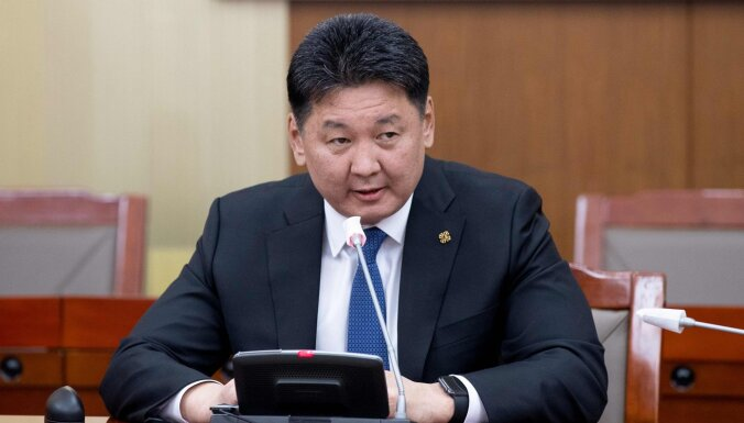 Mongolijas premjers parlamentam iesniedzis paziņojumu par atkāpšanos